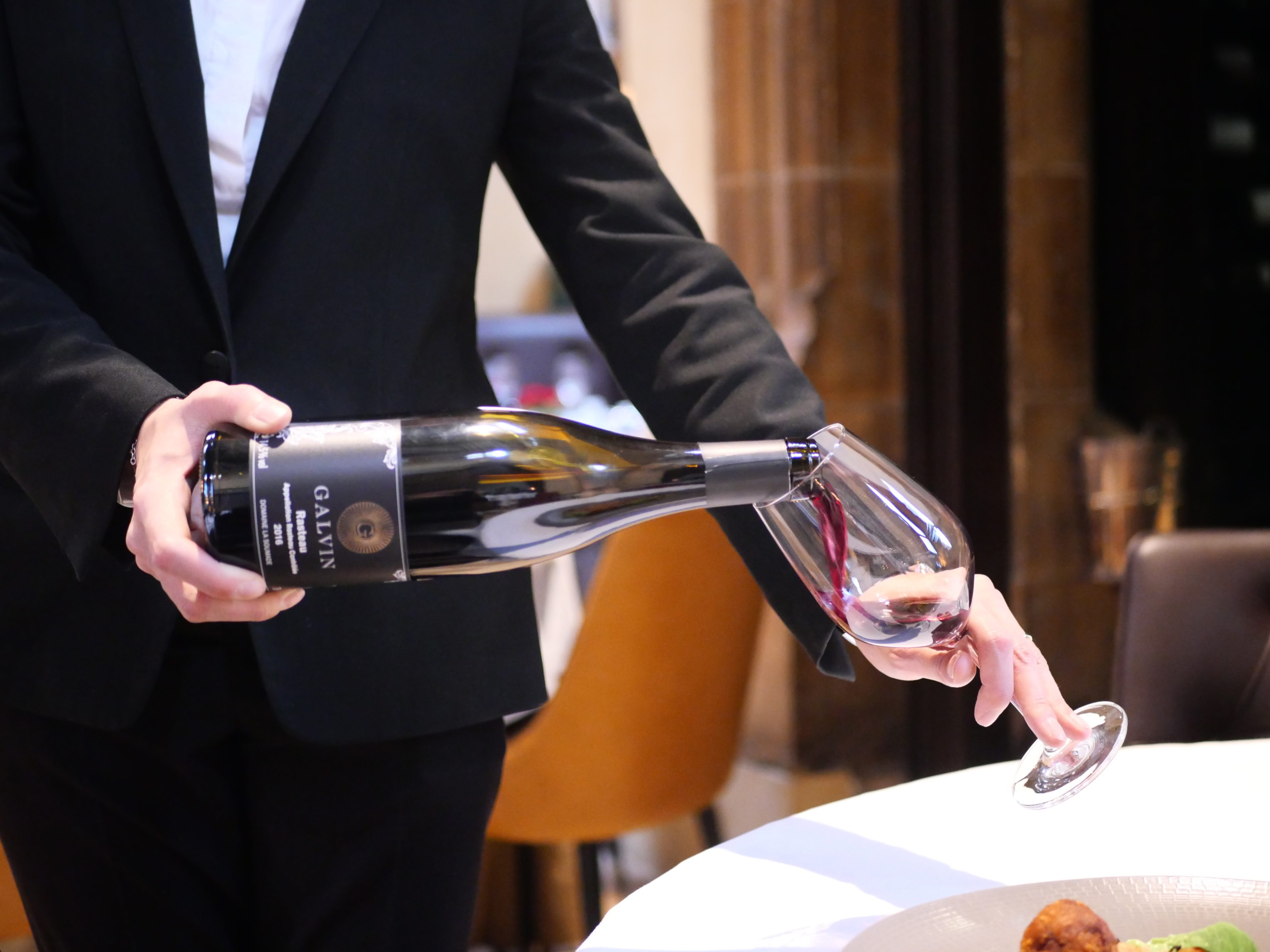 Galvin Restaurants - Wine pouring